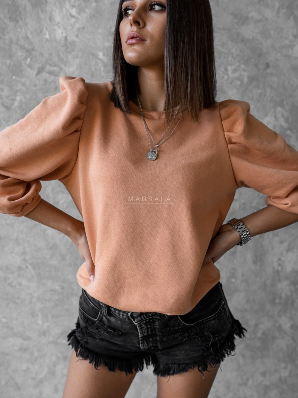 Bluza z bufkami na rękawach morelowa- DOLL by Marsala