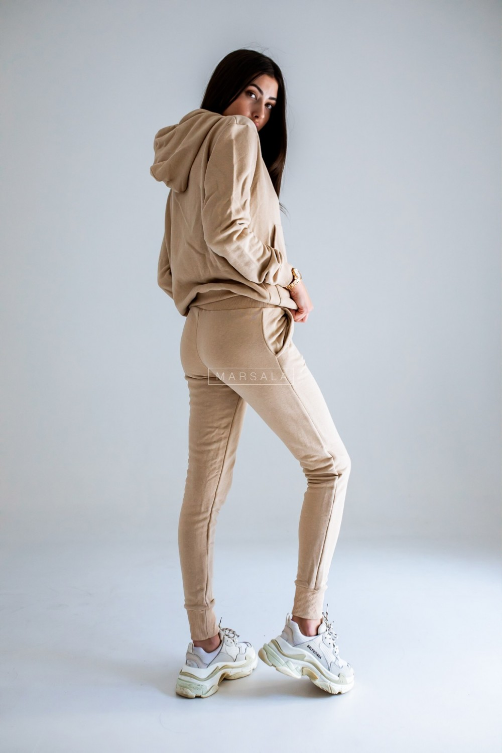 Sweatshirt + beige trousers set - CASUAL BY MARSALA