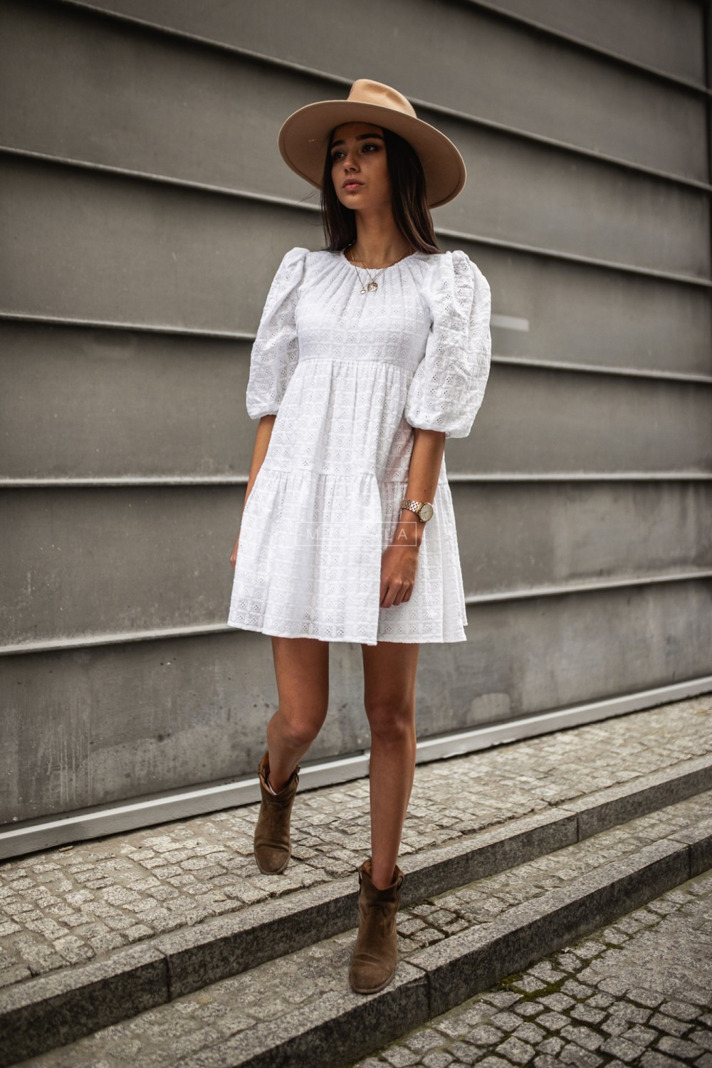 Flared openwork dress in white - SANTI by Marsala
