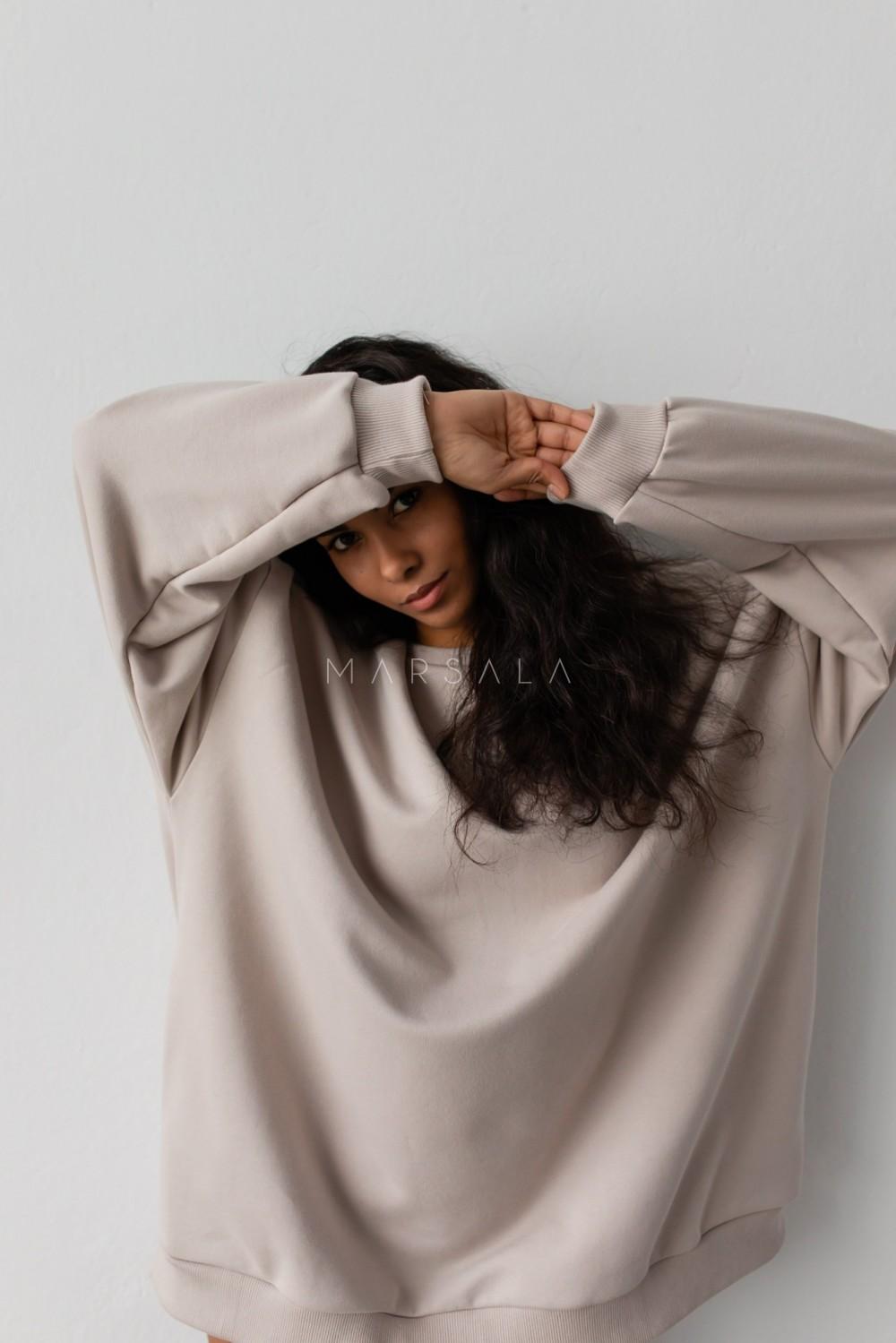 Bluza typu oversize o przedłużonym kroju kolor COCONUT MILK HUSH BY MARSALA