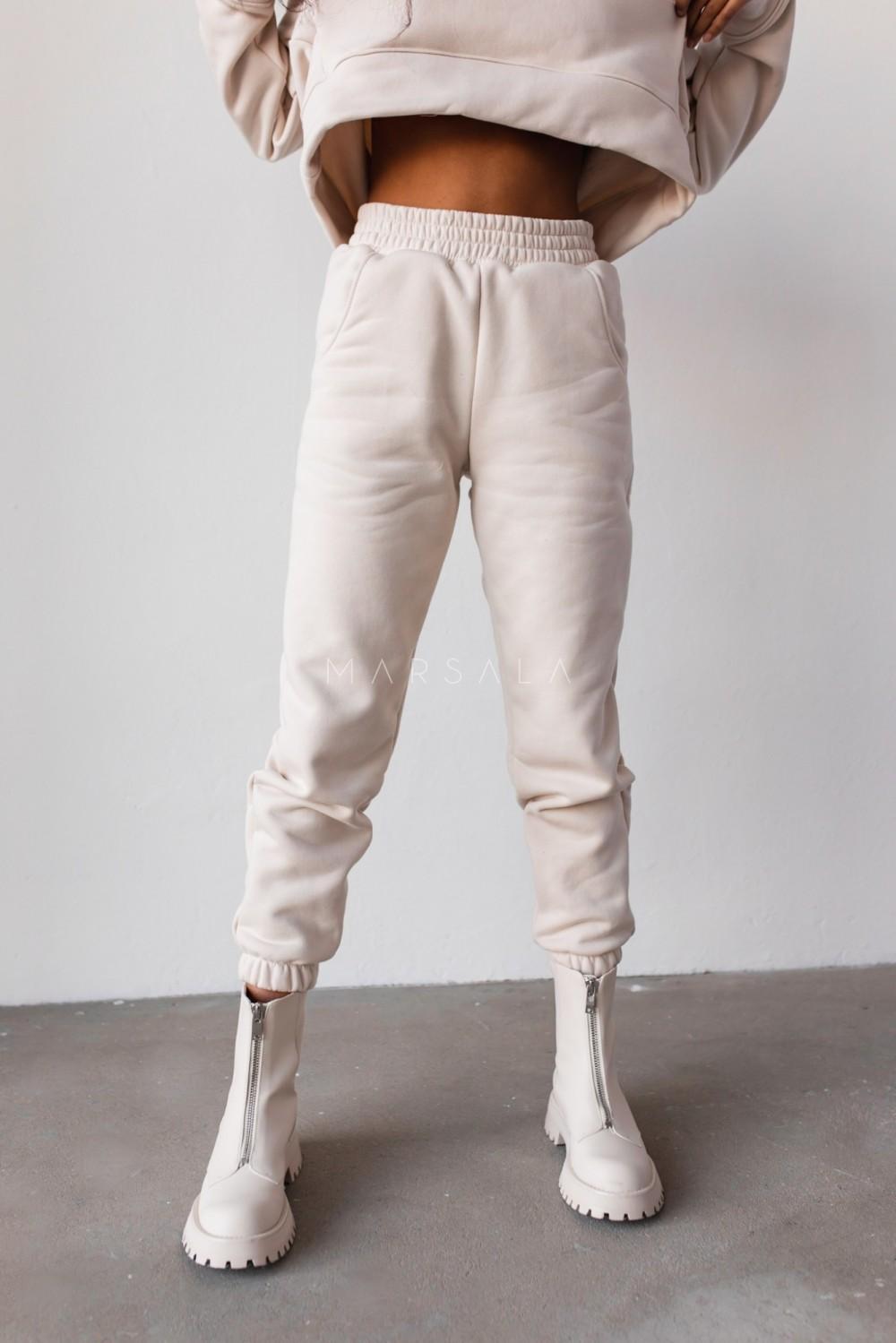 Spodnie dresowe typu jogger w kolorze WHITE SAND - DISPLAY by Marsala