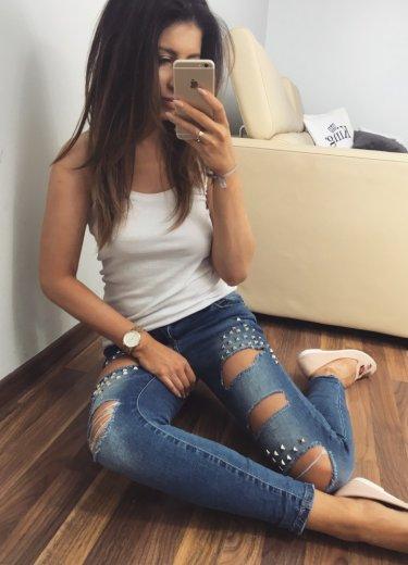 Spodnie jeansowe DZIURY + ćwieki