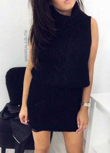 Sukienka SWETROWA z golfem - czarna