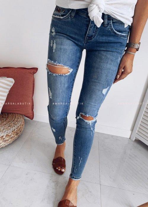Spodnie jeansowe z dziurami INSIDE