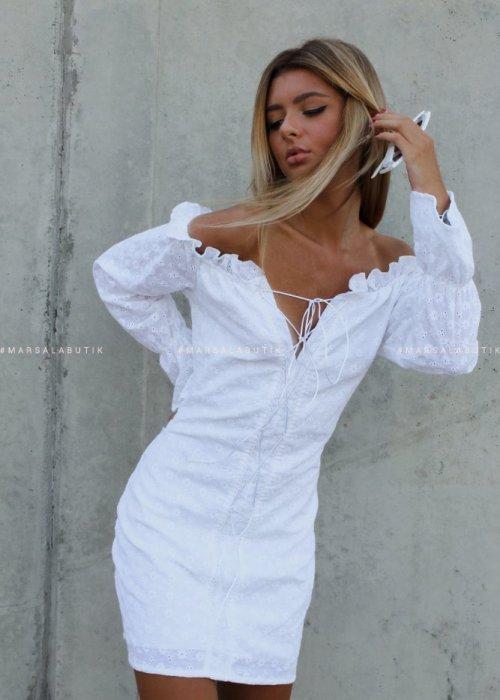 Sukienka ażurowa BEAUTY biała x Karolina