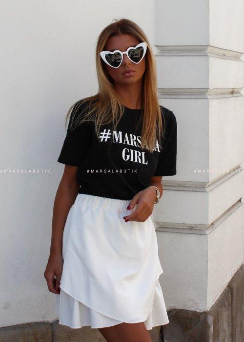 T-shirt #MarsalaGirl czarny WHITE x Karolina