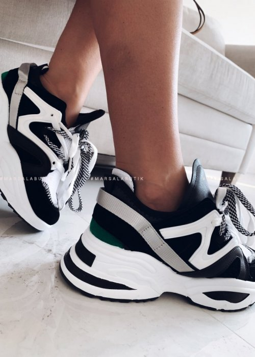 Black and white sneakers - DESIGN BLACK