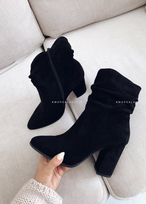 Smooth black suede ankle boots – ELEGANT
