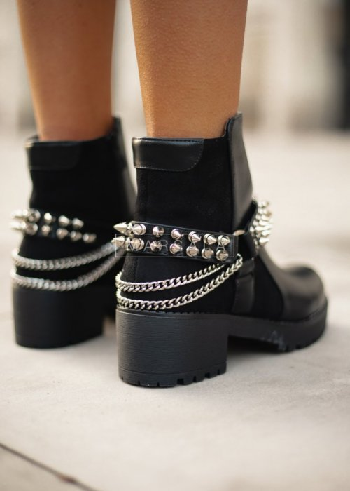 Thick soled studded boots – SOLID