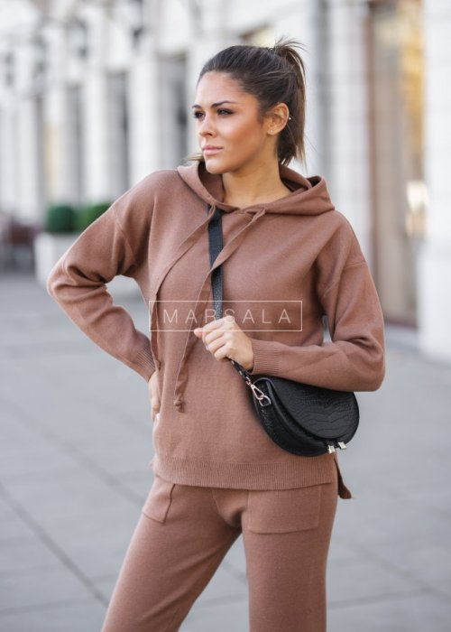 Sweater set in camel – COLLIN