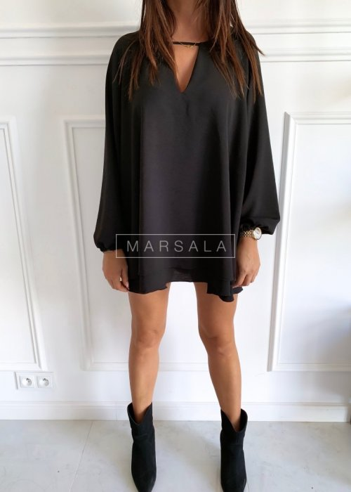 Smooth cocktail dress in black - SWEET BY MARSALA