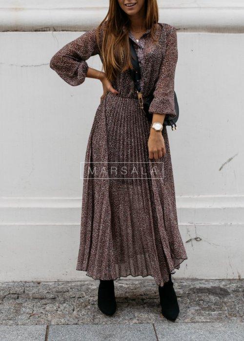 Plisowana sukienka maxi w delikatne cętki - PRESTIGE bordo