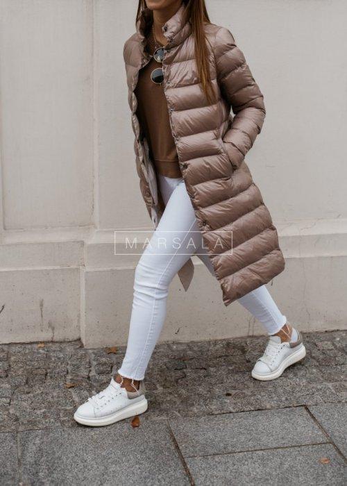 Hoodless quilted coat in beige– ELITE