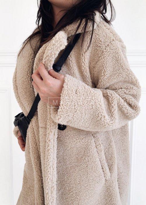 Futrzany/pluszowy płaszcz oversize w kolorze beżowym - MALMO