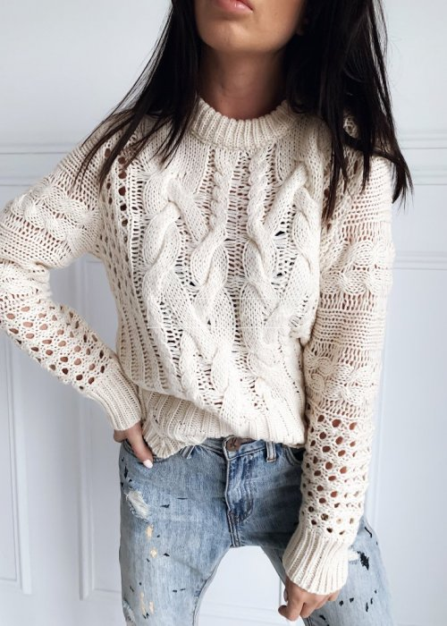 Sweter wykonany ozdobnym splotem beżowy - ROSSIE
