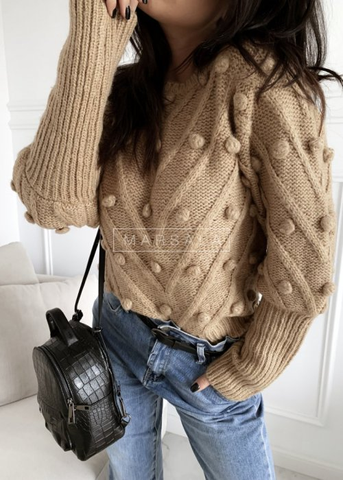 Sweter BARI z kuleczkami w kolorze mocca/camel
