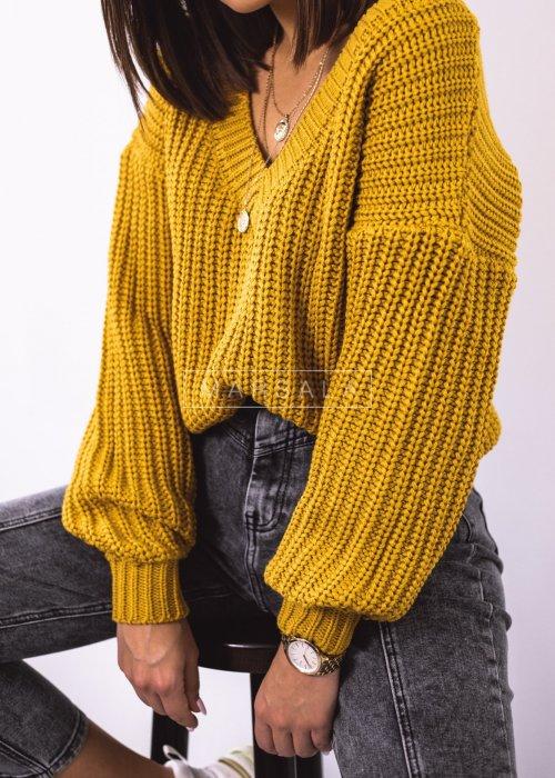 Sweter pleciony z dekoltem w kształcie V kolor musztardowy - SALLY