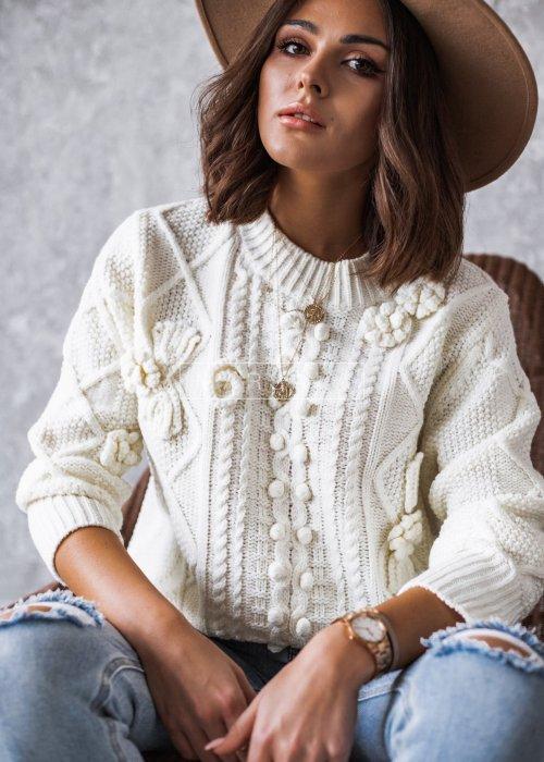 Sweter w kolorze ecru z szydełkowym zdobieniem - FLORENCE