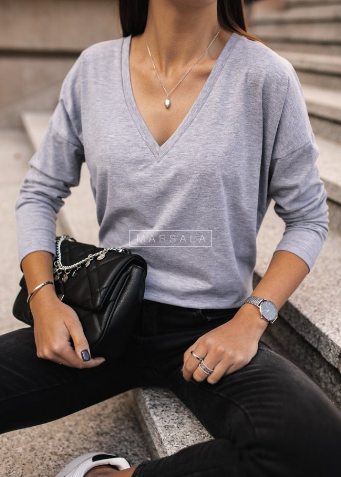 Long sleeved NECK V BY MARSALA gray