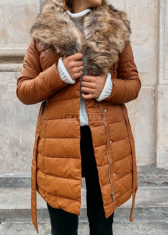 Jacket / camel coat with light fur – PREMIUM