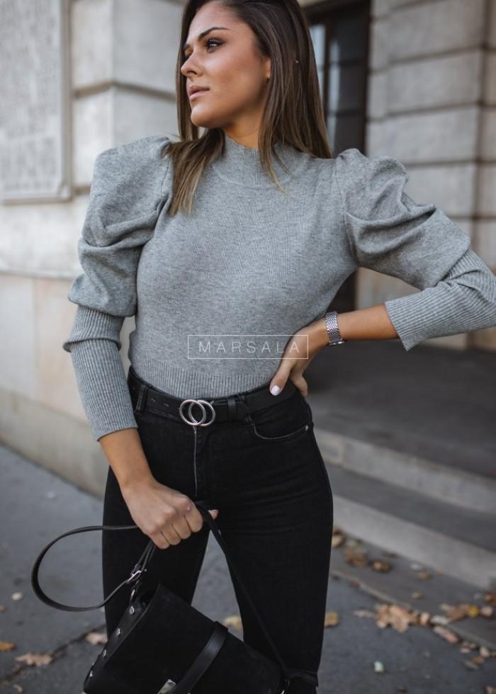 Dopasowany, krótki sweter z golfem i bufkami szary - BECKY