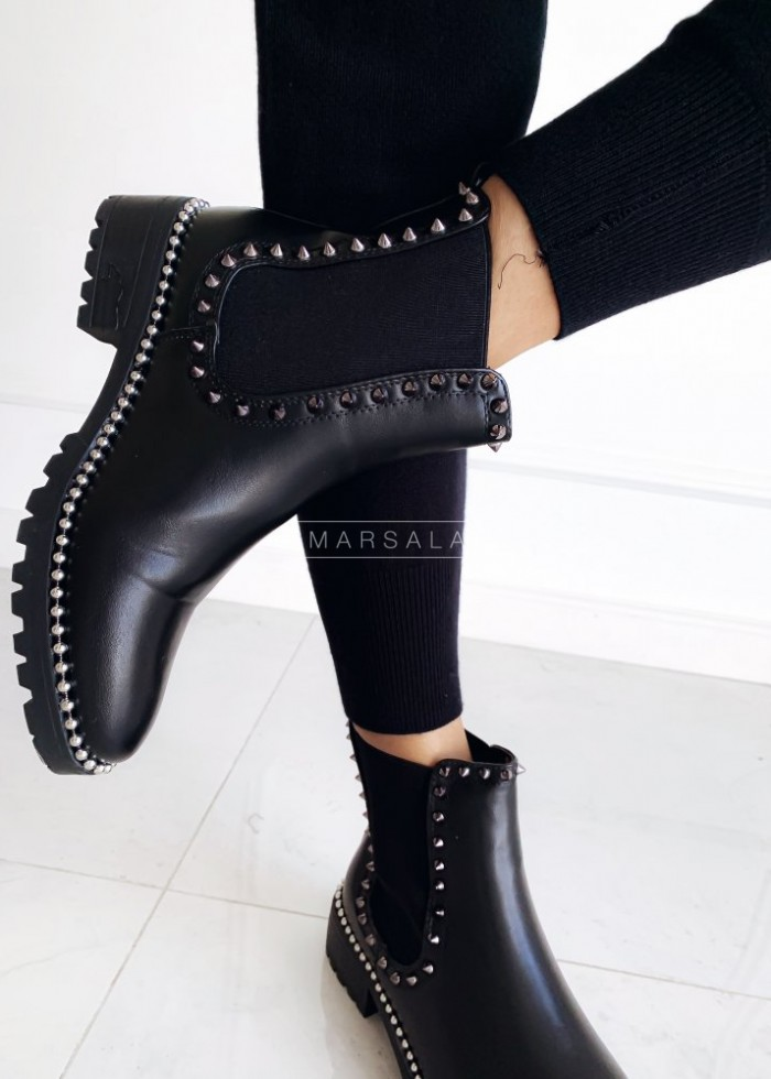 Jodhpur boots with studs – ROXETTE