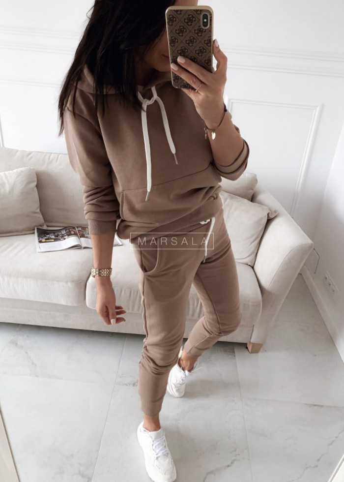 Sweatshirt + mocca trousers set - CASUAL BY MARSALA