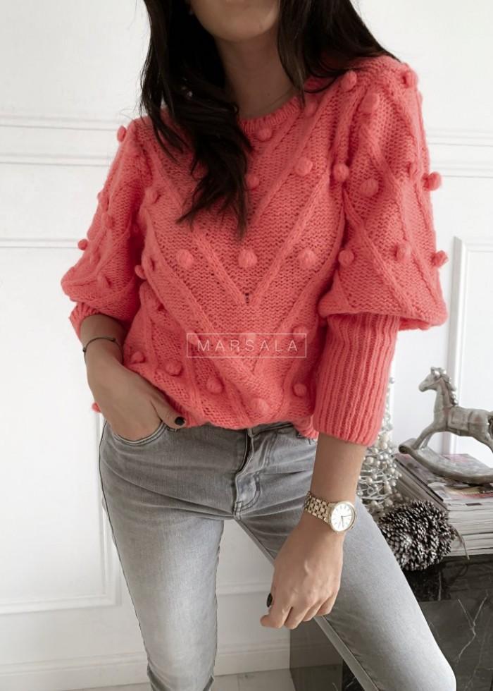 Sweter BARI z kuleczkami w kolorze koralowym