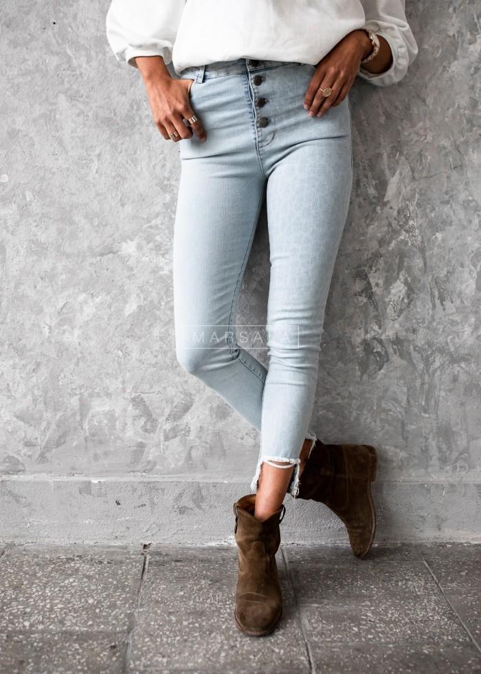 Spodnie jegginsy jasny jeans z printem w cętki SALTY LEOPARD X LIMITED EDITION bymarsala.