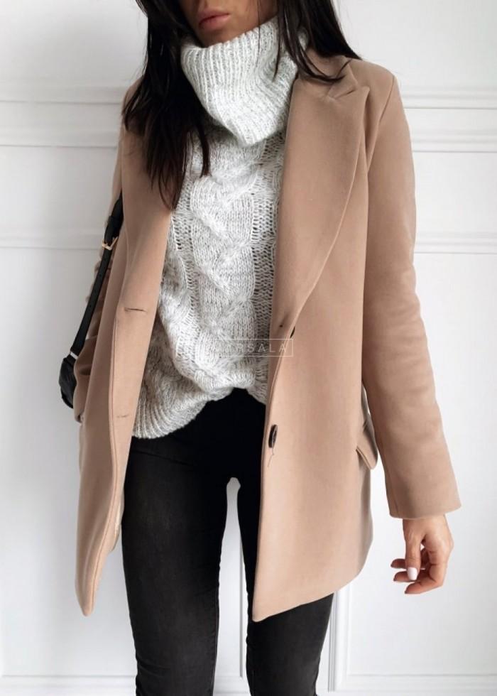 Stylowe płaszcze, sukienki i swetry BY MARSALA