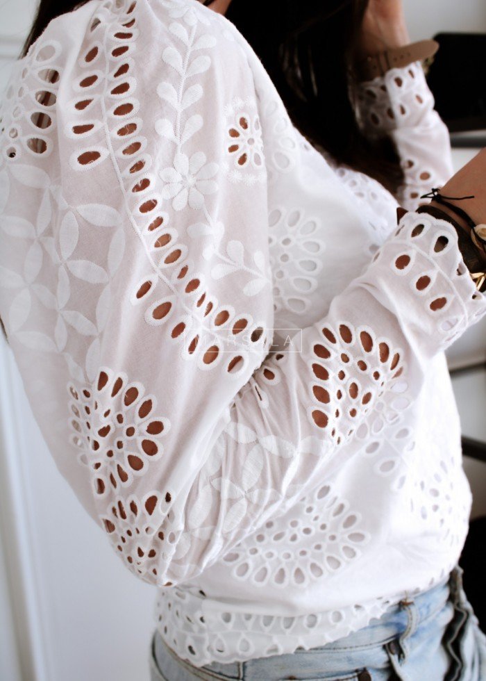 Openwork blouse in white - CARLA