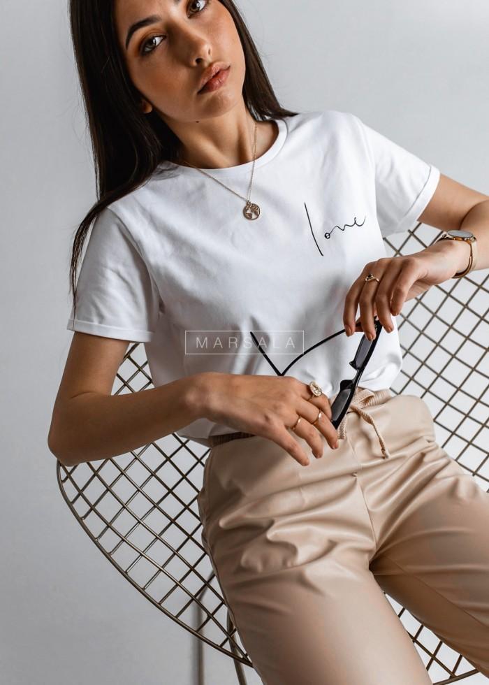T-shirt damski w kolorze białym z nadrukiem LOVE by Marsala
