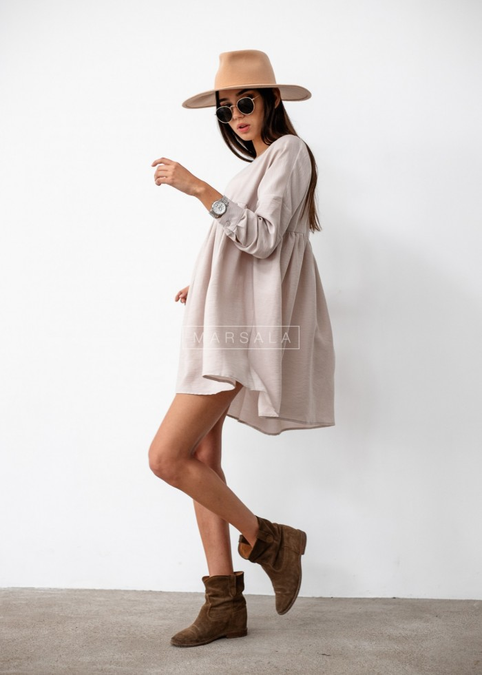 Oversize dress with cut-out under bust and V-neck beige PASO BY MARSALA