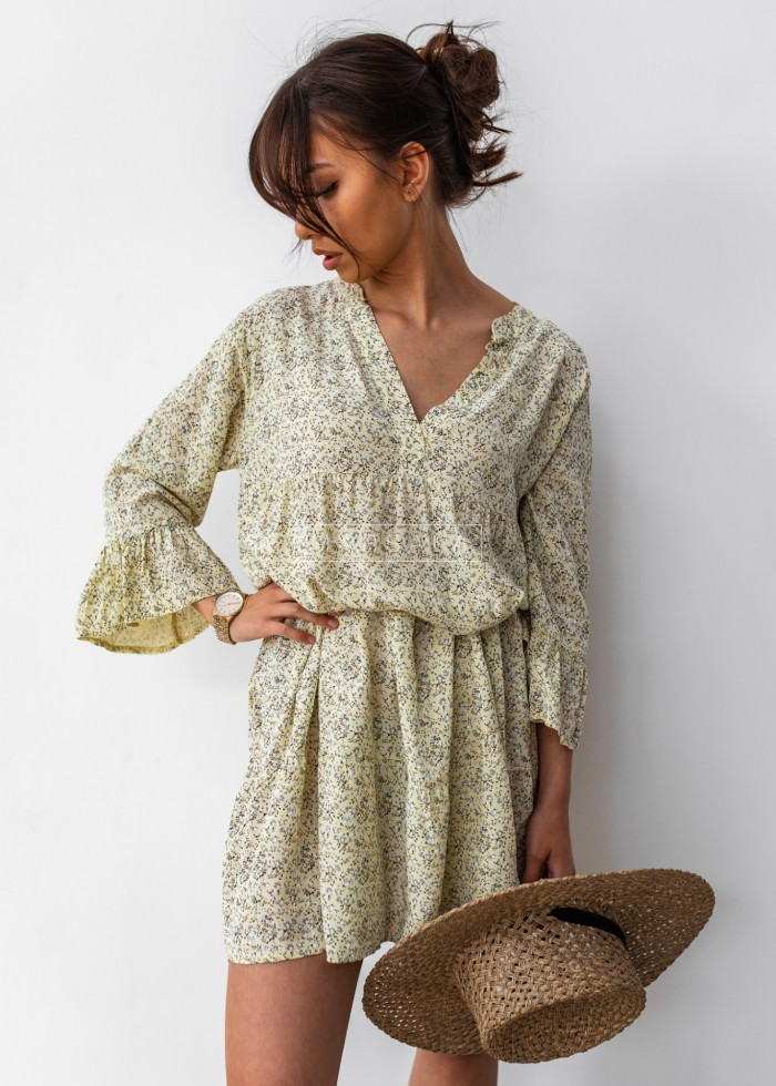 Oversize dress with frills and floral print in banana - NICOLE YELLOW