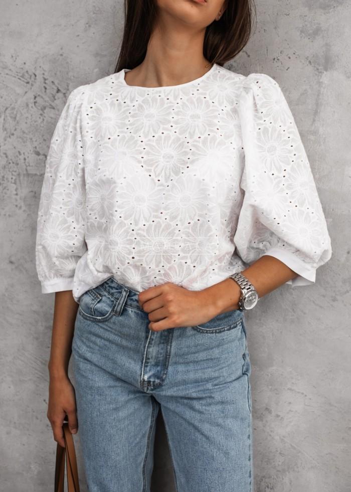 Bluzka ażurowa w kolorze białym - IMAGINE BY MARSALA