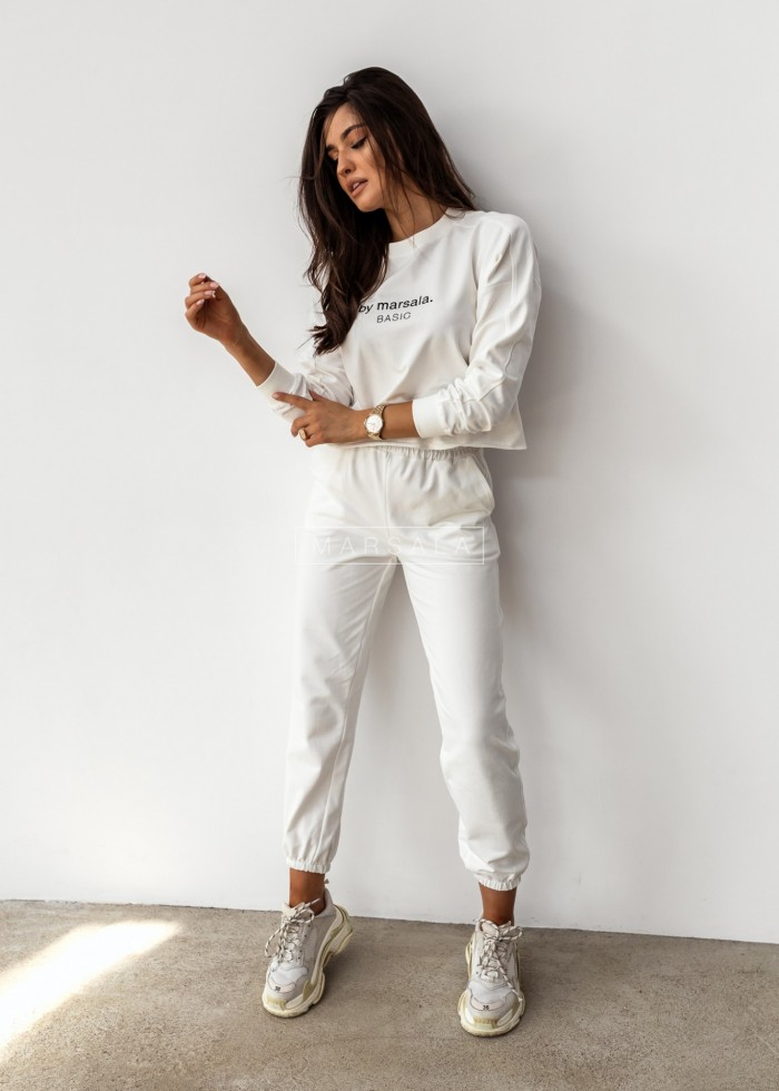 Sweatshirt + ecru trousers set with BASIC embroidery - CLOUD by Marsala
