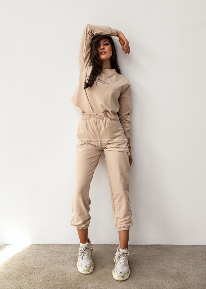 Sweatshirt + beige trousers set with BASIC embroidery - CLOUD by Marsala