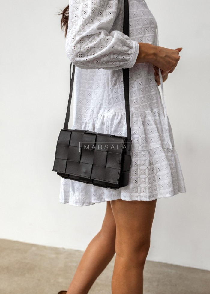 Intertwined chest bag in black - CUADRO BLACK