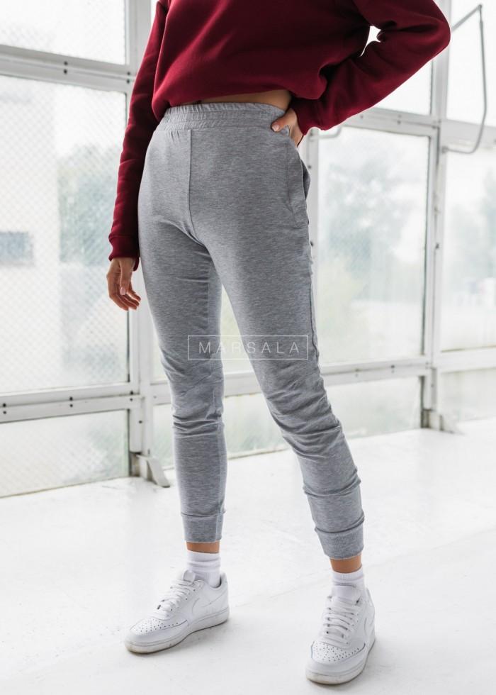 Spodnie dresowe z przeszyciami w kolorze szarym SLENDER by Marsala