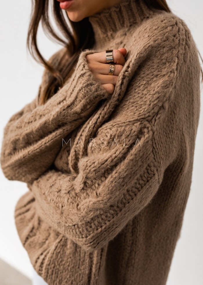 Gruby sweter z mięsistej włóczki z ozdobnym splotem kamelowy - SHANTI by Marsala