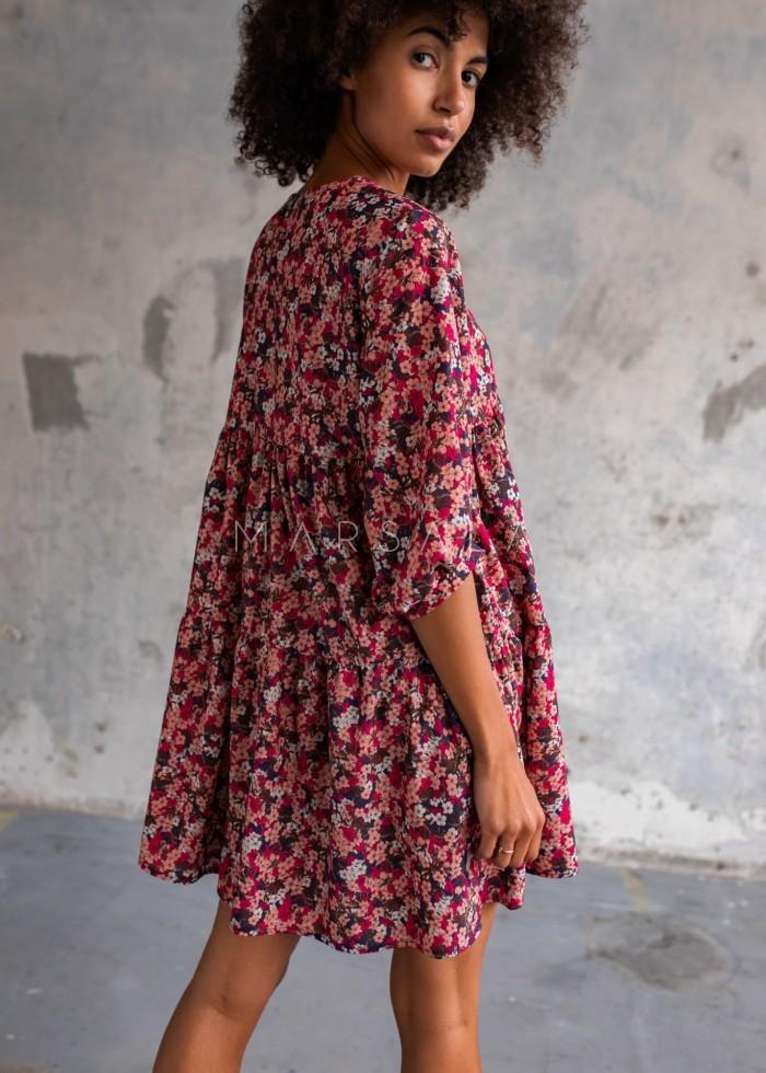Sukienka oversize z przeszyciami z printem kolorowe kwiaty - BLUSH by Marsala