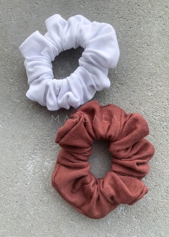 Gumka/frotka do włosów gładka w odcieniu brązowym - EMI by Marsala