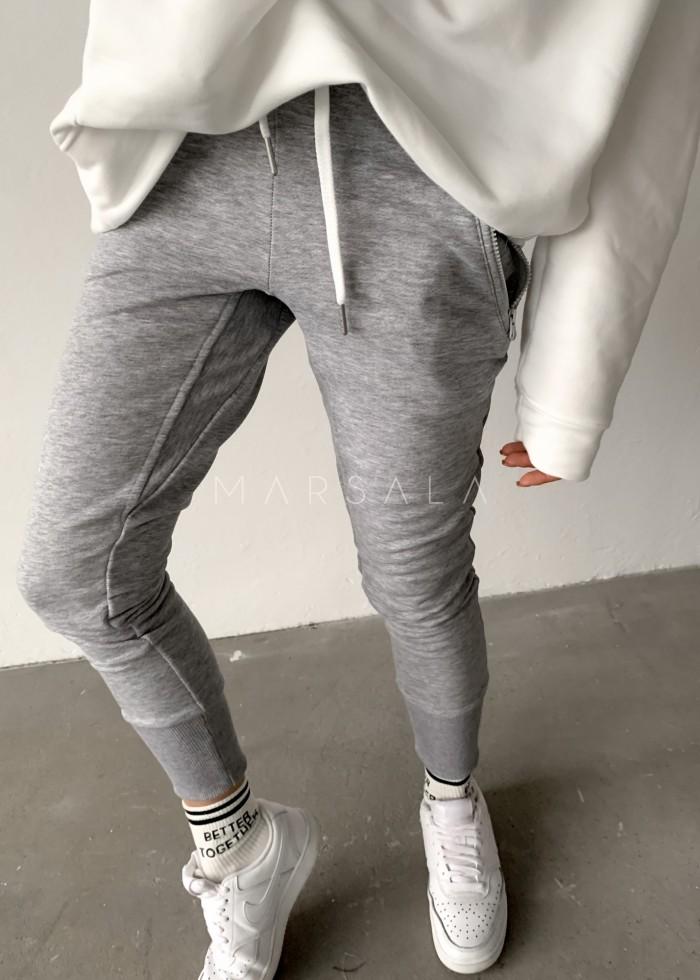 Spodnie dresowe w kolorze ciemnoszarym - ACTIVE BY MARSALA