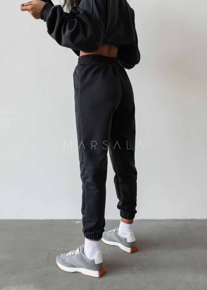 Spodnie dresowe typu jogger w odcieniu MOONLIT OCEAN - DISPLAY by Marsala