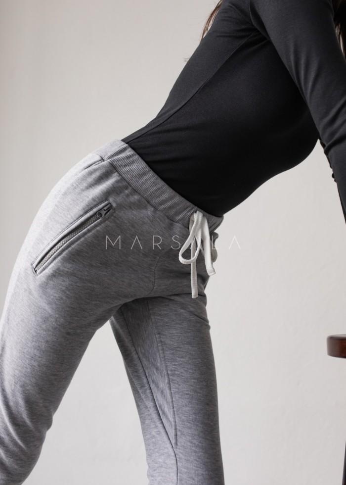 Spodnie dresowe w kolorze szarym - ACTIVE BY MARSALA