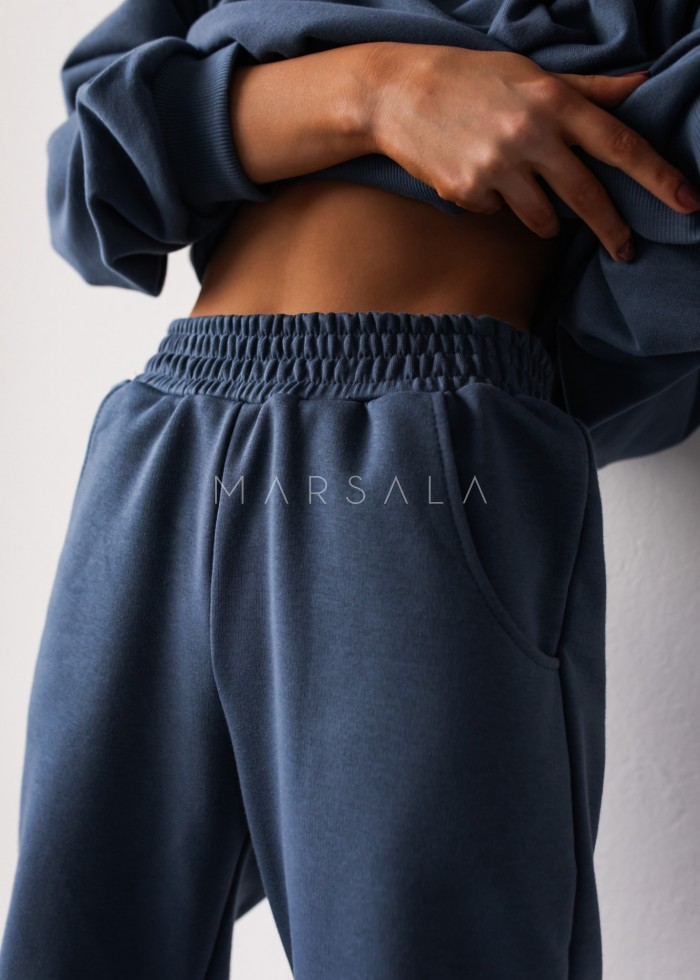 Spodnie dresowe typu jogger w kolorze BREEZY BLUE - DISPLAY BY MARSALA