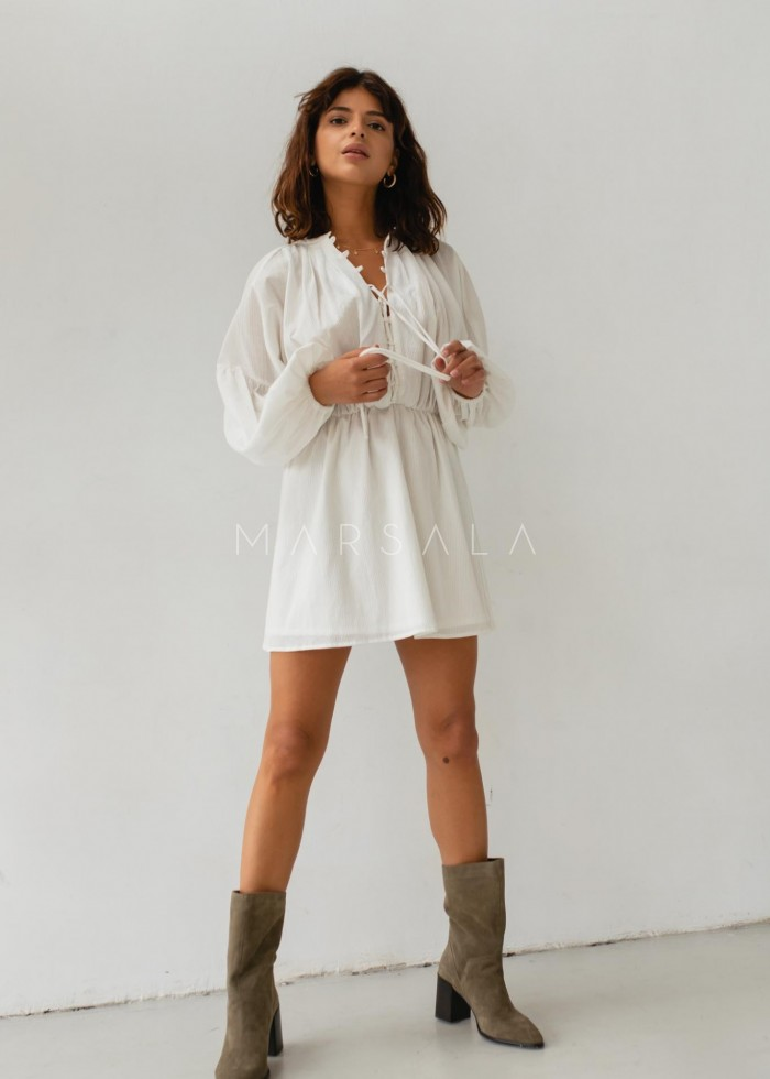 Sukienka ze zwiewnej prążkowanej bawełny w kolorze ecru - MELBY BY MARSALA