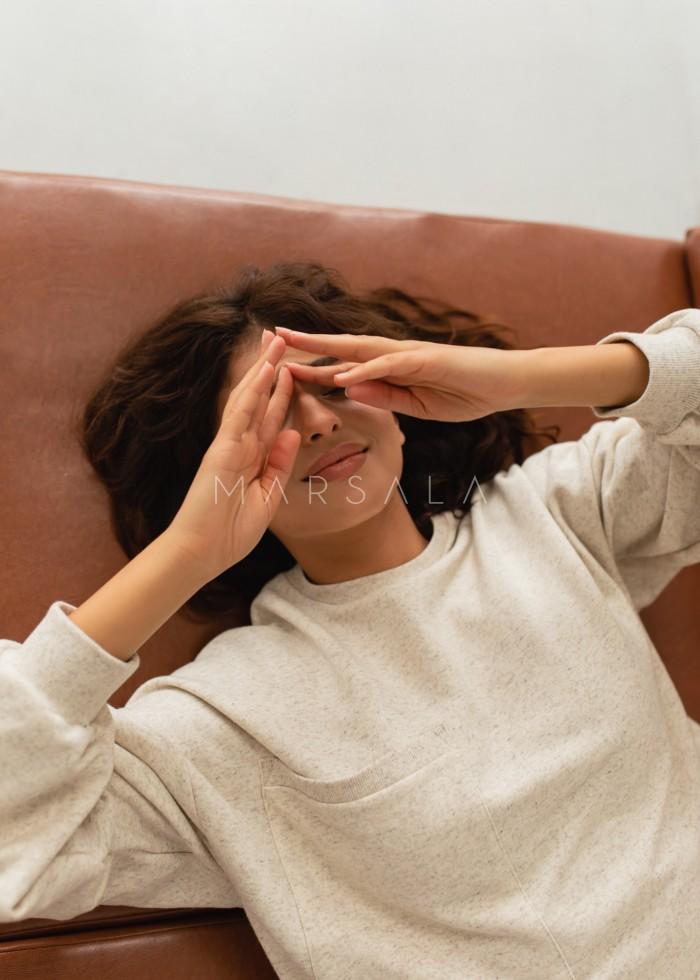Bluza typu oversize o przedłużonym kroju w kolorze BEIGE z dodatkiem konopii - HUSH POCKET KONOPIA BY MARSALA