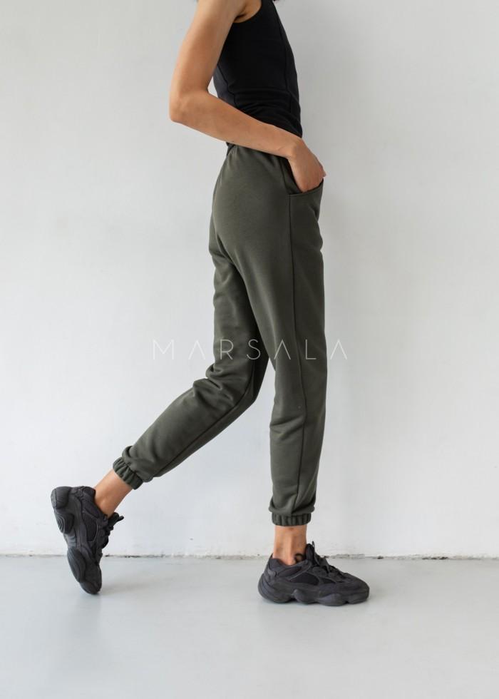 Jogger pants in INTENSE KHAKI- DISPLAY BY MARSALA