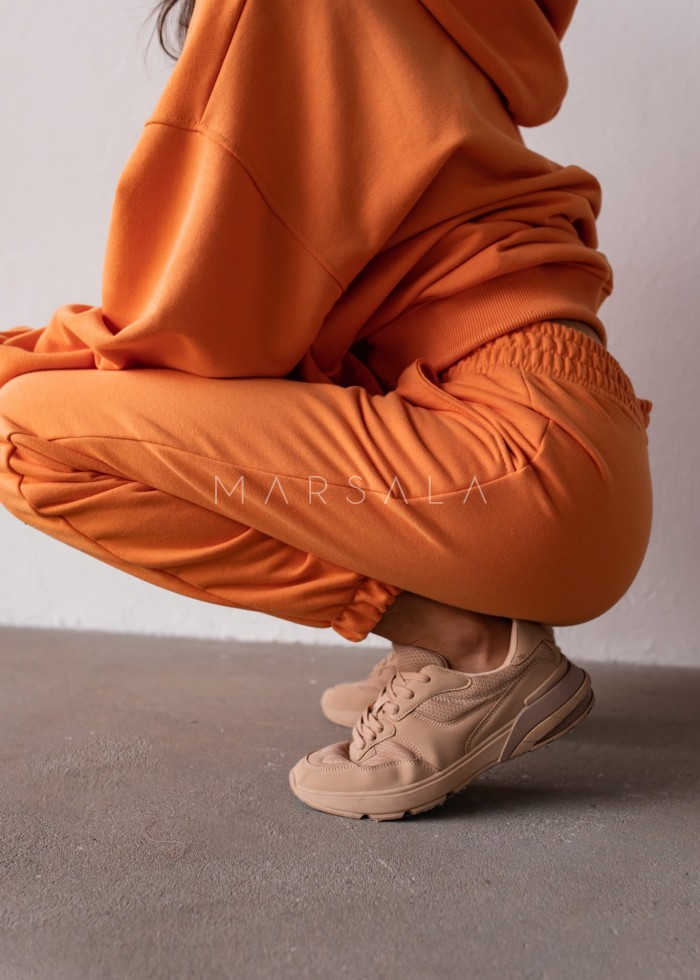 Jogger pants in EXOTIC ORANGE - DISPLAY BY MARSALA